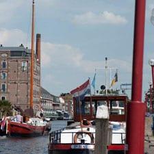 de-Oude-Rijn-watersport-en-gezelligheid-dwars-door-Bodegraven