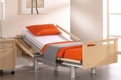 Zorgbed Völker model 3082 uitgevoerd in design FS
