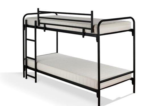Standaard Stapelbed type: 105 voorzien van trapje en uitvalhek