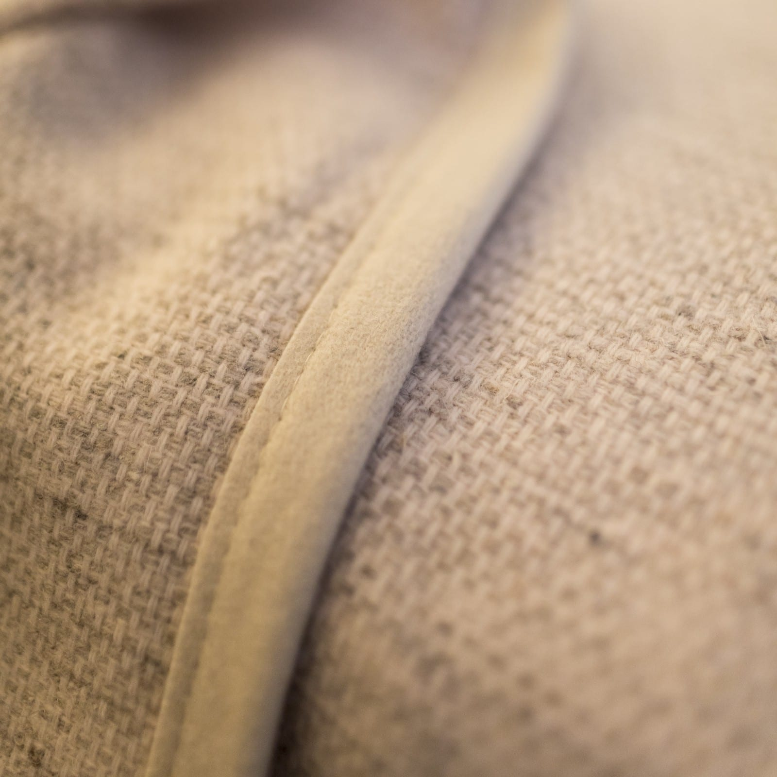 detailfoto-structuur-zomerdeken-Canisses