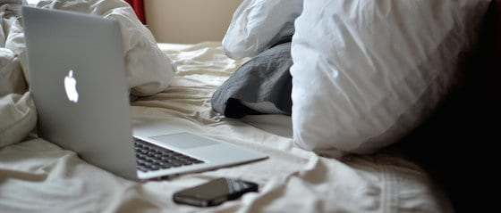 laptop-of-tablet-gebruik-in-bed